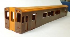 精密加工されたフェノール樹脂材から組み立てられる 鉄道模型